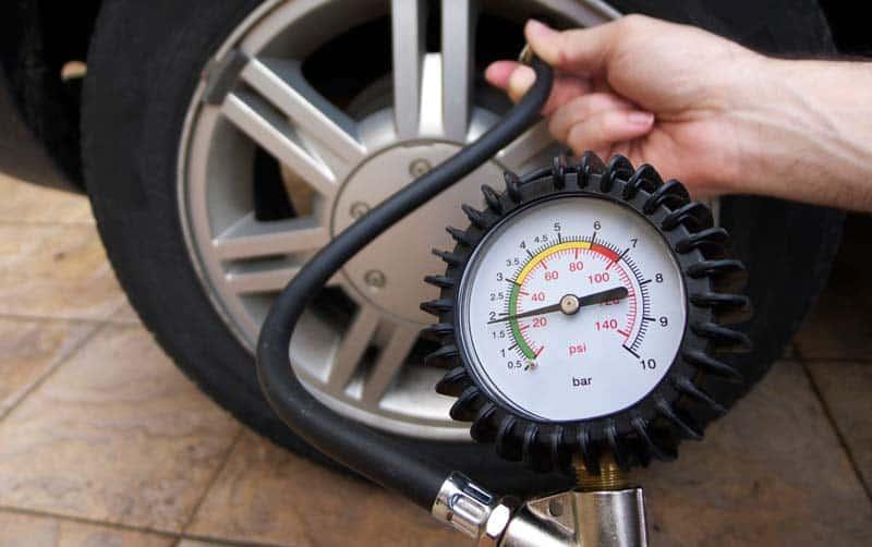 tyre pressure gauge web