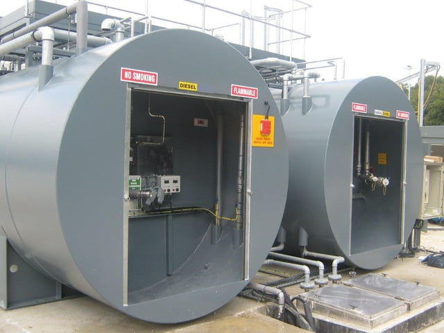 cylindrical-fuel-storage-tanks-labelled